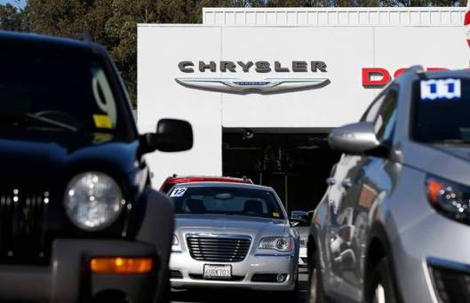 Chrysler plans to resume trading its stock